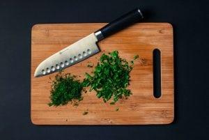 Coltello giapponese per vegetali Casina Mia 300x201 - I migliori coltelli da cucina giapponesi: per un taglio finalmente netto, preciso e pulito