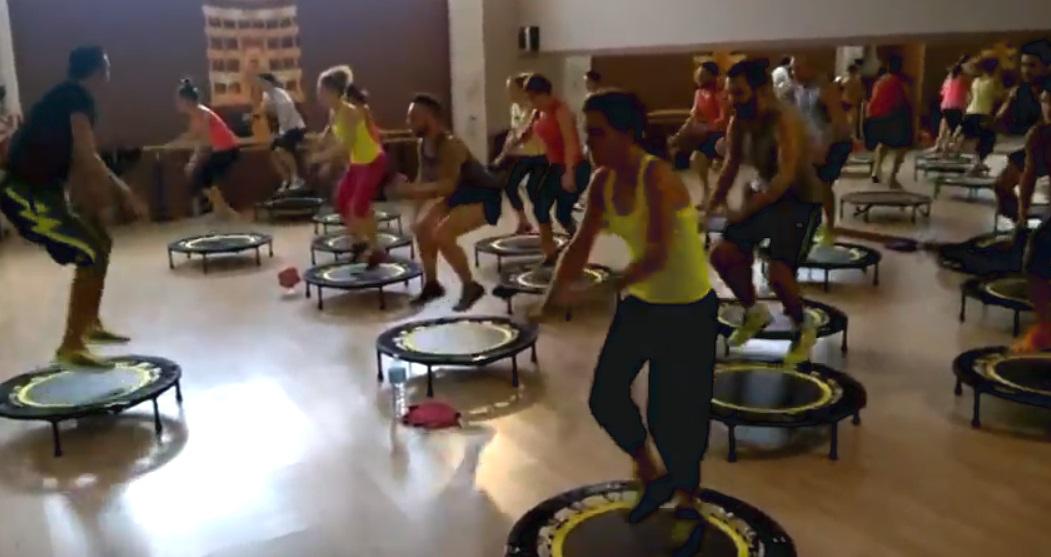 PowerBound di gruppo - I migliori tappeti elastici e trampolini per divertirsi e rimanere in forma