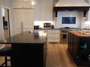 cucina con isola funzionale