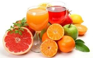 frutta fresca e succhi