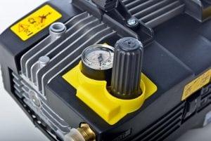 idropulitrice professionale con regolatore di pressione