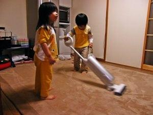 pulire con scopa elettrica