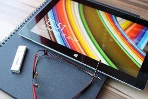 tablet domotica Casina Mia 300x200 - Saloni moderni: l'innovazione è di casa