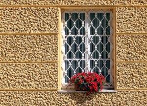 Inferriate per finestre guida alla scelta casina mia - Griglie in ferro per finestre ...