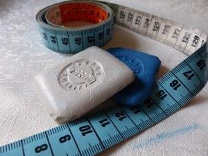contametri sarto blu Casina Mia 300x225 - Conta-metri: la scelta giusta per te