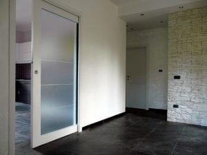 Porte a scomparsa in vetro il design della trasparenza - Porta scorrevole a scomparsa prezzi ...