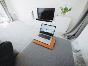divanetto in studio Casina Mia 300x225 - Come arredare uno studio: funzionalità legata allo stile