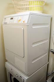 asciugatrice in colonna con sportello - Asciugatrice - La Super Guida: La migliore, a gas, a pompa di calore, le classi energetiche - Le opinioni dei consumatori e molto atro ancora