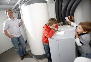 pompa di calore 300x207 - Schema impianto riscaldamento: com'è fatto? Analizziamo insieme un tipico impianto domestico