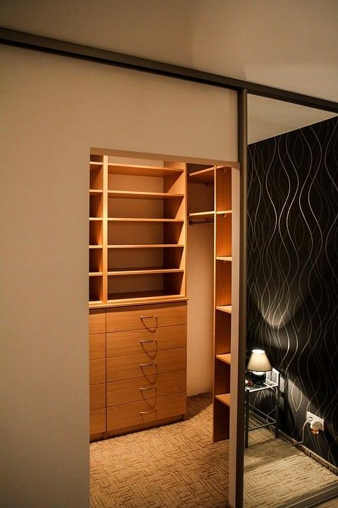 Porte per la cabina armadio scorrevoli meglio casina mia - Porte per cabina armadio ...