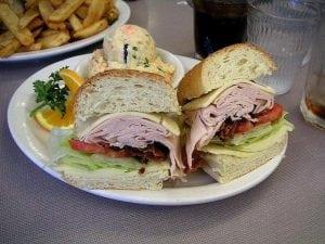 sandwiches 300x225 - La migliore piastra per panini e toast professionale.  Scopri recensioni e classifica dei prodotti più venduti