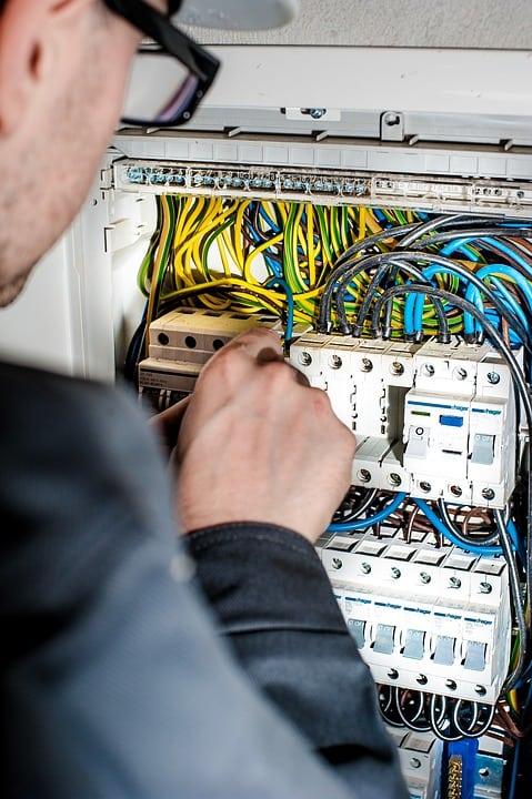 Schema Quadro Elettrico Per Appartamento : Quadro elettrico di casa impariamo a conoscerlo casina mia