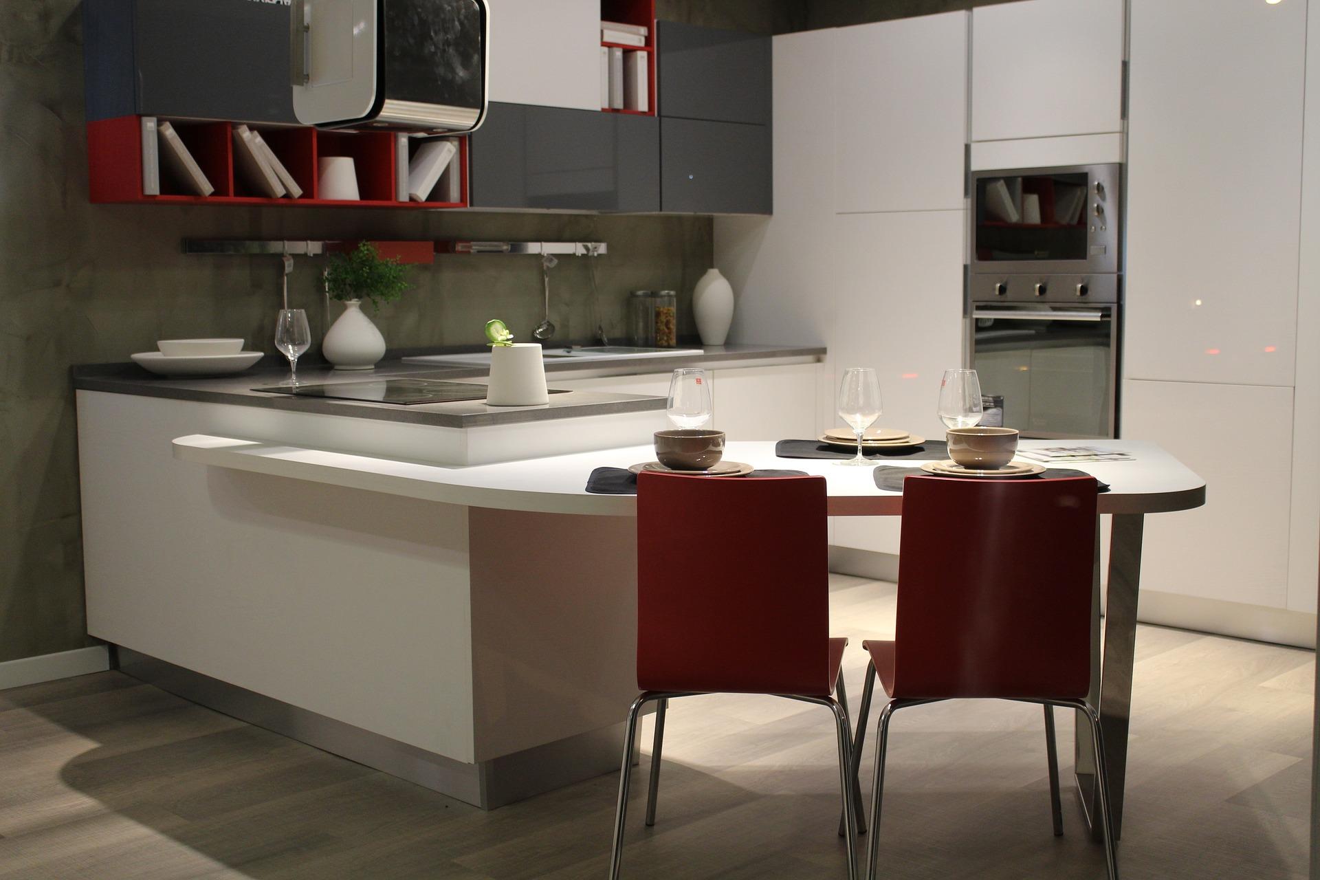 Come arredare casa moderna con pochi soldi idee e spunti for Consigli per arredare una casa moderna