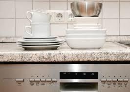 stoviglie pulite - Ho finito il detersivo per lavastoviglie, cosa posso usare? Soluzione per la casa