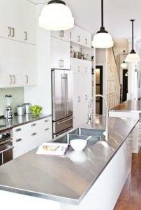 Cucina bianca e nera una scelta razionale per un effetto emozionale casina mia - Piastrelle seconda scelta ...