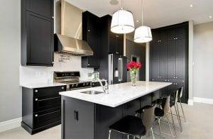 Cucina bianca e nera: una scelta razionale per un effetto ...