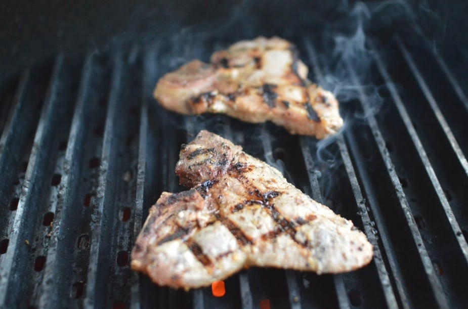 Le migliori bistecchiere in pietra per la cottura ideale - Cucinare con la pietra lavica ...
