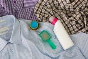 Smacchiatore per Tessuti 300x200 - Come togliere le macchie di candeggina gialle, rosa o rosse: indipendentemente dal colore possono essere eliminate!
