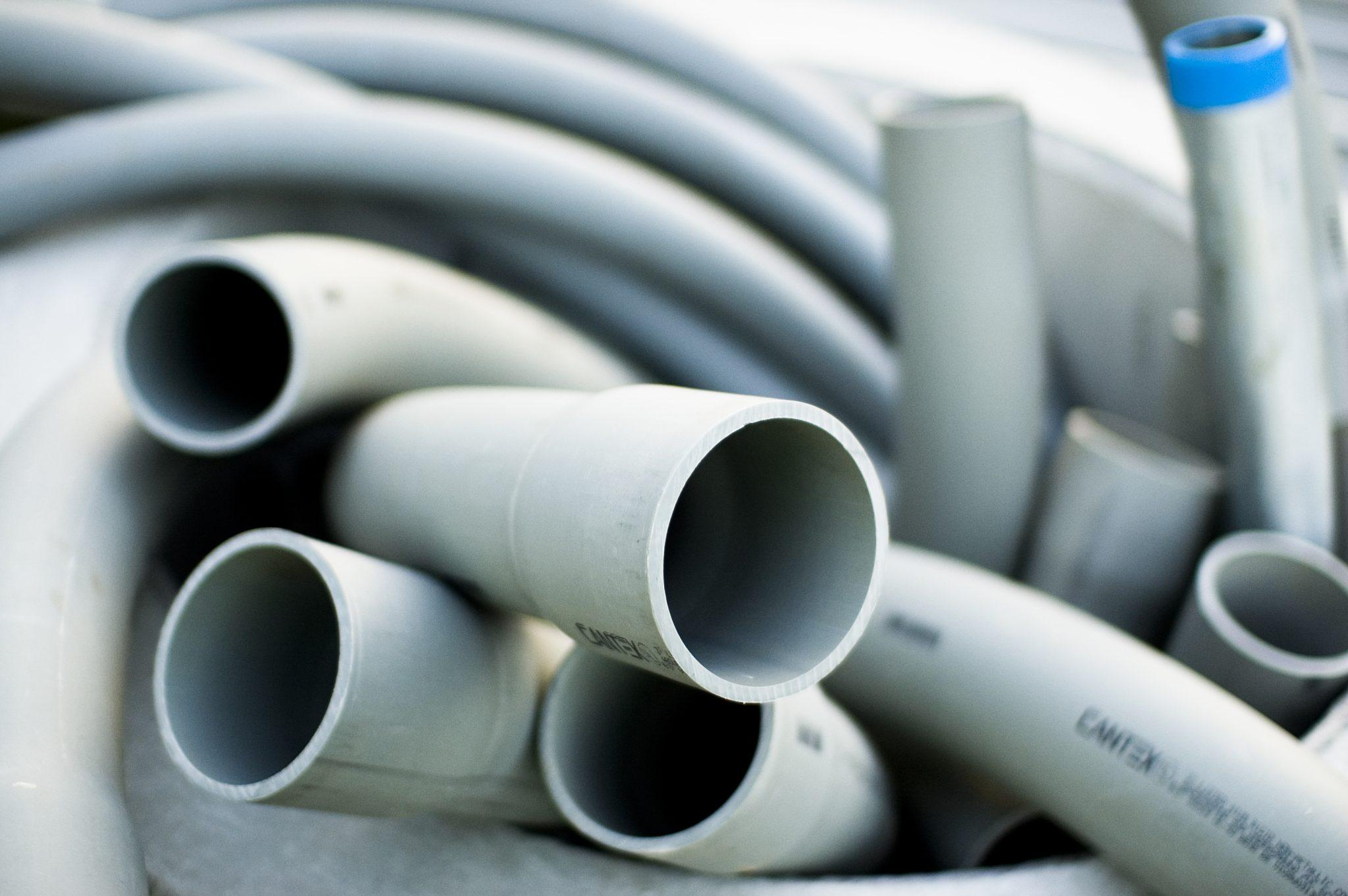 tubazioni in plastica per bagno - Come riparare il water che perde acqua da sotto