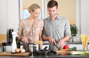 Appassionati di Cucina 300x197 - Dimensioni cucina: scopri tutte le misure ideali per il tuo spazio confortevole e intelligente