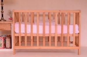 Lettino con Protezioni Laterali 300x197 - Il miglior letto Montessori per il sonno dei più piccini