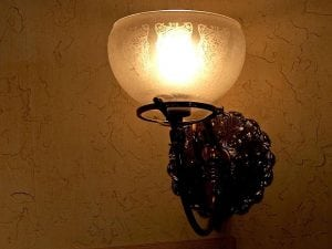 Acquista moderna lampada da parete a tubo di rame pieno metallo