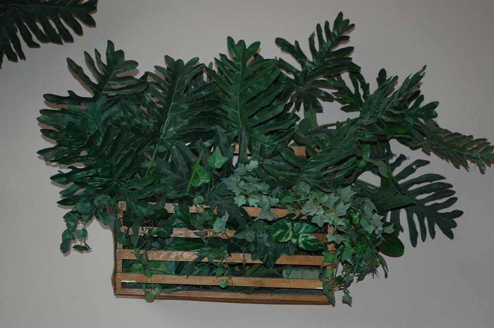Decorazione con Vegetazione Artificiale - Siepe artificiale: crea atmosfere suggestive nei tuoi spazi esterni