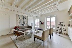 Salone di Casa con Design Scandinavo 300x200 - Come arredare la propria casa in stile industriale: idee e consigli pratici
