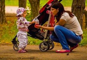 Passeggino Leggero per Bebè 300x208 - Il miglior passeggino leggero e ultraleggero per portare ovunque il proprio bebè