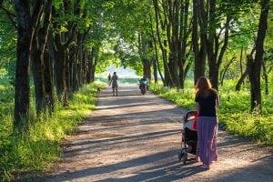 Passeggino Leggero per Passeggiate nel Parco 300x200 - Il miglior passeggino leggero e ultraleggero per portare ovunque il proprio bebè