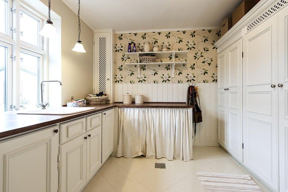 Armadio A Muro Shabby Chic : Tecnica shabby: rendi la tua casa veramente molto chic! casina mia