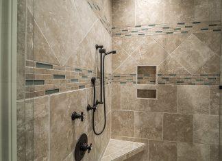 Bagni piccolissimi progetti ed idee a confronto casina mia - Rivestimento bagno economico ...