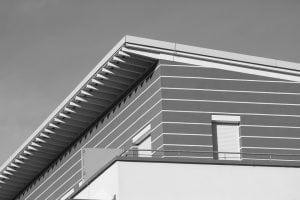 nuova casa 300x200 - Controsoffitto in legno: dalle norme da rispettare ai principali metodi costruttivi