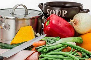 pentola per cuocere le verdure 300x200 - Migliore batteria di pentole a induzione per cucinare su questo tipo di fornello
