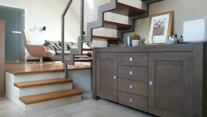 scala al soppalco 300x169 - Letto sospeso: un complemento d'arredo innovativo e adatto ad ogni camera da letto moderna.