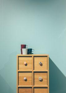 Mobili minimal 213x300 - Arredamento minimal: l'arte di creare un ambiente essenziale e raffinato