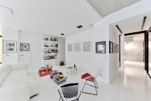 moderno appartamento 300x200 - Microcemento: la soluzione perfetta per una pavimentazione moderna