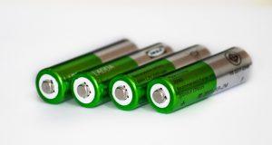 utilizzare le batterie ricaricabili 300x160 - Le migliori batterie 18650 per essere sicuro di non restare mai senza energia