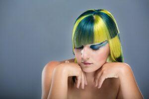 capelli di diversi colori 300x200 - La migliore tinta per capelli professionale per un colore naturale e luminoso
