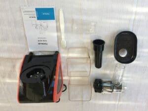 Homever pezzi 300x225 - Homever: estrattore di succo a freddo con un ottimo rapporto qualità prezzo
