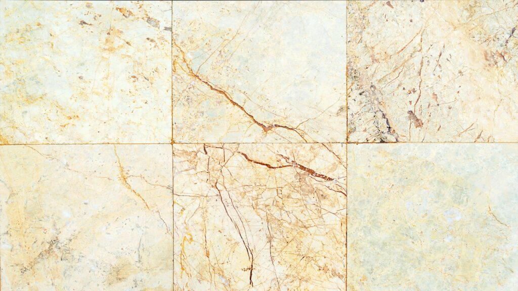piastrelle marmo rosa 1024x576 - Come lucidare il marmo: le tecniche per renderlo splendente